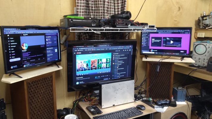 1 monitors.jpg