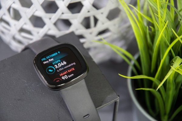 Fitbit-Versa-3-Review_thumb.jpg